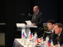 Михаил Мень: В Нацреестр специалистов по строительству включены более 125 тысяч человек