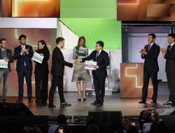 Никита Стасишин и Александр Плутник наградили победителей конкурса концепций стандартного жилья