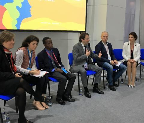 Андрей Чибис: С 2018 года общественные обсуждения проектов благоустройства станут обязательными