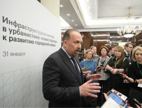 Михаил Мень: Минстрой помог улучшить жилищные условия свыше 14-ти тысячам семей в прошлом году