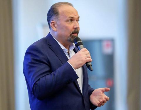 Михаил Мень назвал регионы – лидеры рейтинга по реализации проекта формирования комфортной среды