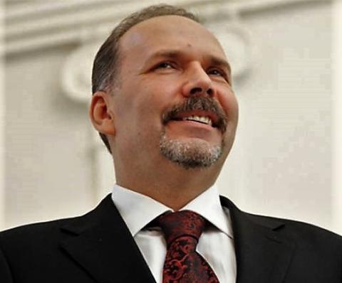 Михаил Мень прокомментировал задачи, обозначенные в Послании Президента России
