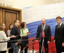 Михаил Мень: Дольщики 140 проблемных объектов получили в прошлом году возможность въехать в новое жильё